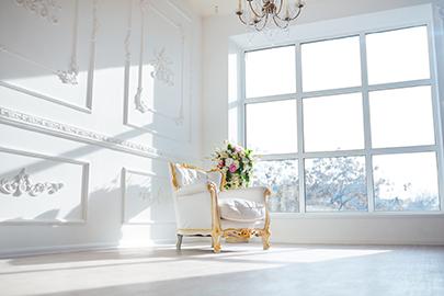 Sessel in schöner Altbau-Wohnung