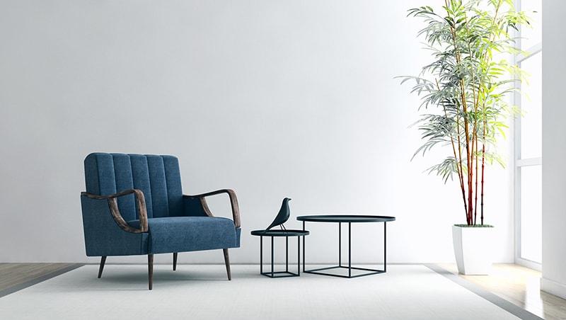 Moderner Sessel mit hochwertigem blauen Stoff