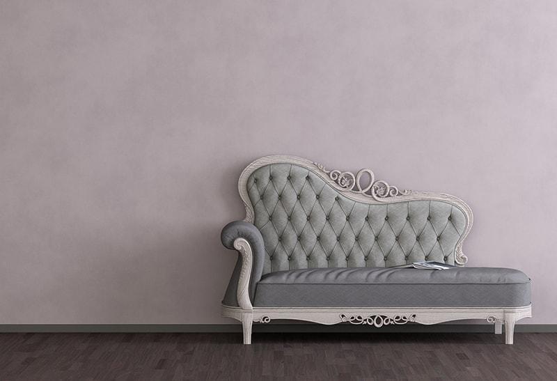 Möbelrestauration mit traditionellem Handwerk